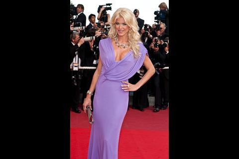 """Actress Victoria Silvstedt arrives at the premiere of """"Inglorious Basterds"""" at the 62nd Cannes Film Festival in Cannes."""